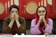 نیکی کریمی و بهناز جعفری در نشست خبری نمایش « شام با دوستان» به کارگردانی آیدا کیخایی