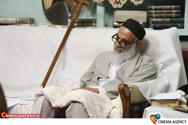 نمایی از سریال سالهای حادثه به کارگردانی سعید چاری