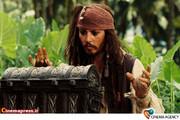 جانی دپ در فیلم دزدان دریایی کارائیب - صندوقچه مرد مرده 20