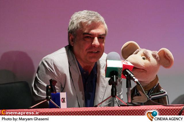 علی سرتیپی در  نشست خبری «شهر موشها» به کارگردانی مرضیه برومند