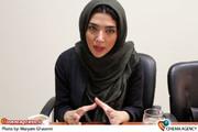 «سارا رسول زاده» مجری برنامه سپید پررنگ و بازیگر نمایش یرما
