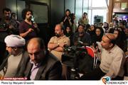 اعتراض خبرنگاران به یک نشست خبری