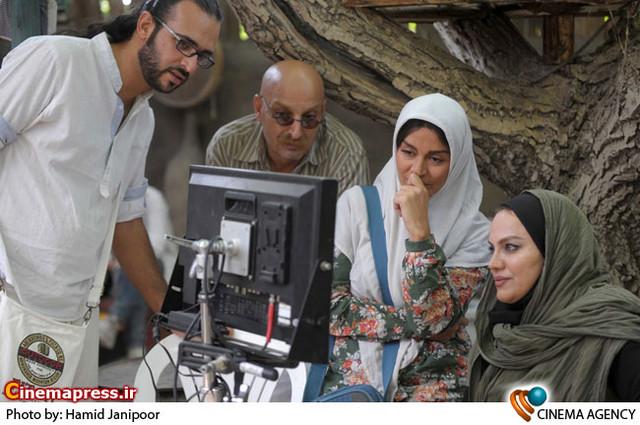 نمایی از پشت صحنه فیلم سینمایی «شیار143» به کارگردانی نرگس آبیار
