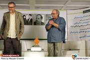 تقدیر از محمد کاسبی  درمراسم عصر خاطره با هنر مبارزه