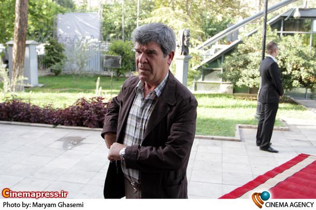 سهراب سلیمی در مراسم دیدار «علی جنتی » وزیر فرهنگ و ارشاد اسلامی با هنرمندان