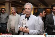 جمشید گرگین در آیین افتتاح نمایش «سنگ ها در جیب هایش» به کارگردانی پارسا پیروزفر