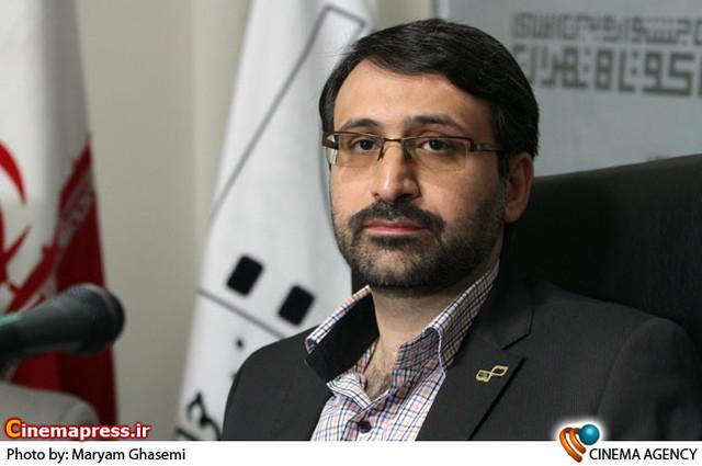 هاشم میرزاخانی دبیر جشنواره در نشست خبری سی و امین جشنواره فیلم کوتاه تهران