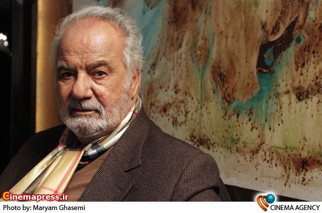ناصر ملک مطیعی درمراسم پایان فیلمبرداری فیلم «نقش نگار»به کارگردانی علی عطشانی