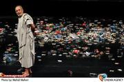 فرهاد آئیش در نمایش « سقراط» به کارگردانی حمیدرضا نعیمی