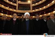 دکتر روحانی در دیدار هنرمندان و اعضاء تشکل های فرهنگی و هنری با رییس جمهور