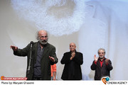 تقدیر از کیانوش عیاری در مراسم هفتمین جشن انجمن منتقدان سینما