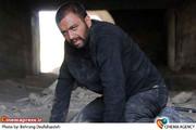 صابر ابر در فیلم سینمایی «همه چیز برای فروش» به کارگردانی امیر ثقفی