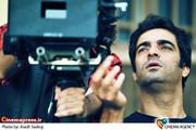 منوچهر هادی کارگردان  فیلم سینمایی «زندگی جای دیگری است»