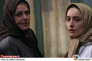 آهو خردمند و سهیلا گلستانی در  فیلم سینمایی «مهمان داریم» به کارگردانی محمدمهدی عسگرپور