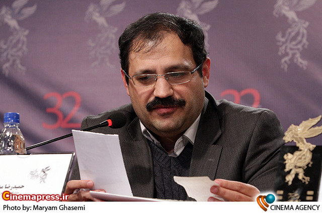 حمید مدقق در نشست خبری فیلم «گنجشکک اشی مشی» در جشنواره فیلم فجر