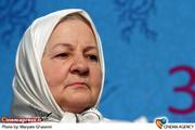 رابعه مدنی در نشست خبری فیلم «انارهای نارس» در جشننواره فیلم فجر