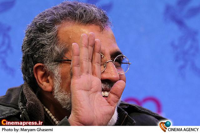 بهروز افخمی در نشست خبری فیلم «آذر ،شهدخت،پرویز و دیگران » در جشنواره فیلم فجر
