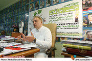 علی معلم در نشست خبری تندیس حافظ