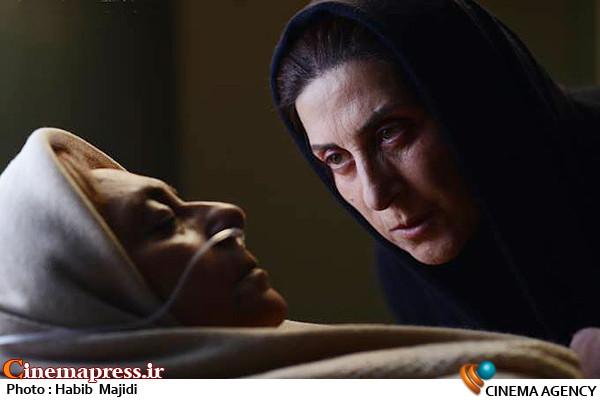 فاطمه معتمدآریا در فیلم سینمایی بهمن*