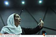 منیژه حکمت در اولین اکران فیلم سینمایی شهر موشها2