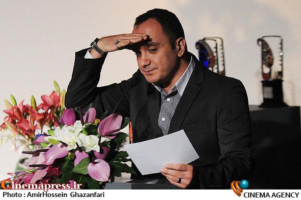احسان کرمی در اختتامیه دومین جشنواره فیلم و عکس همراه تهران