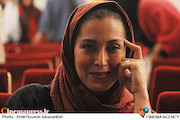 مهتاب کرامتی در مراسم اختتامیه پانزدهمین جشنواره بینالمللی نمایش عروسکی تهران_مبارک