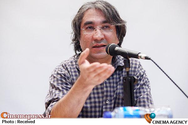 عباس کریمی، منتقد و نویسنده