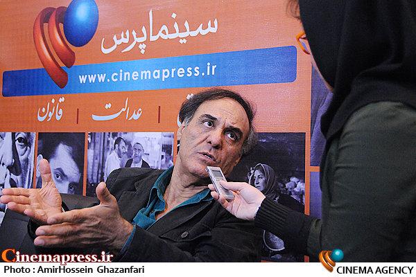 دکتر قطب الدین صادقی