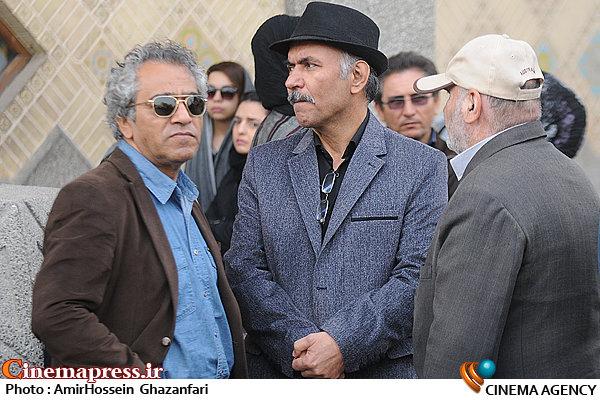مهدی میامی و اصغر همت در تشییع پیکر مرحوم مجید بهرامی