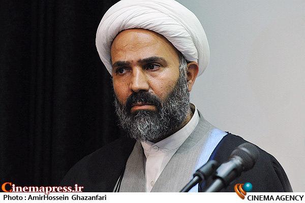 حجت الاسلام نصراله پژمانفر در نشست نسبت سینمای ایران و منافع ملی