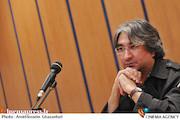 عباس کریمی در جلسه نقد و بررسی فیلم مستند«پنج دوربین شکسته»