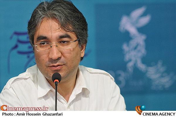عباس کریمی عباسی در نشست خبری فیلم سینمایی«تا آمدن احمد»