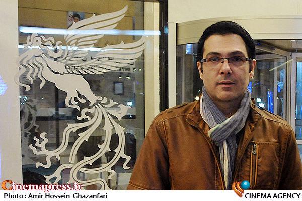 کوروش تهامی در حاشیه سی و سومین جشنواره بینالمللی فیلم فجر