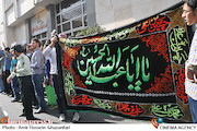 تجمع مقابل وزارت ارشاد در اعتراض به اکران فیلم رستاخیز