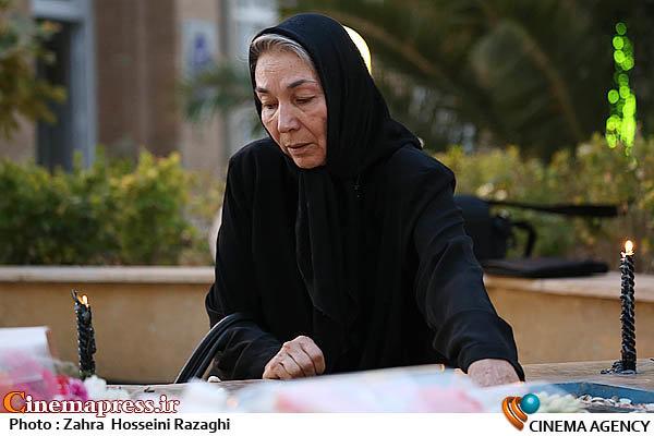 پروانه معصومی در مراسم شب هفت دو شهید گمنام غواص در حوزه هنری