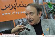 انصافی: مدیران تئاتر سلیقه ای عمل می کنند/ به تمامی گروه های نمایشی اعلام شده تنها سالی یک بار حق اجرا دارند