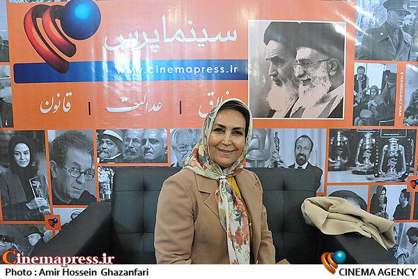 مهوش صبرکن در بیست و یکمین نمایشگاه مطبوعات
