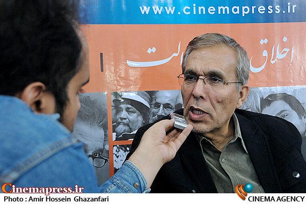 شفیع آقامحمدیان در بیست و یکمین نمایشگاه مطبوعات