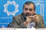 جناب وزیر! جشنواره فیلم فجر در تراز کدام انقلاب برگزار شد؟