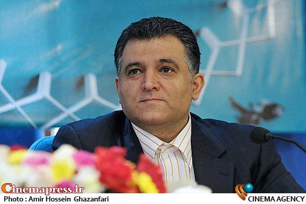 مصطفی محمودی در نشست خبری سیوچهارمین جشنواره تئاتر فجر