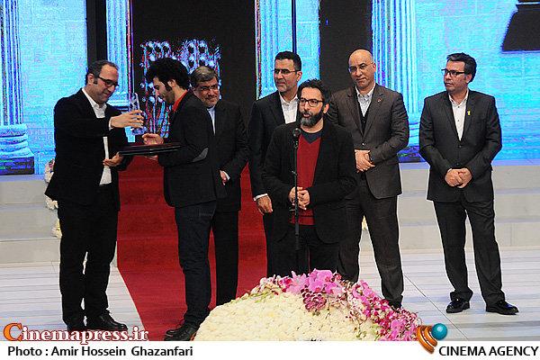 نفوذ فرهنگی در سینما چه دقیق و حساب شده عمل می کند/ افشاگری بی نظیر جشنواره فیلم فجر!