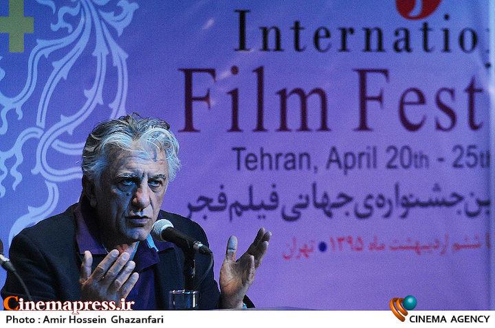 رضا کیانیان در نشست رسانهای سیوچهارمین جشنواره جهانی فیلم فجر