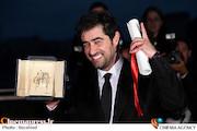 «شهابحسینی» برنده نخل طلا بهترین بازیگر مرد «کن» شد/ جایزه بهترین فیلمنامه به اصغر فرهادی رسید/ کنلوچ نخلطلا گرفت