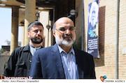 علی عسگری در تشییع پیکر مرحوم حمید سبزواری