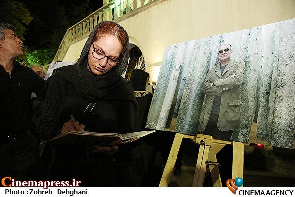 عکس / مراسم یادبود مرحوم عباس کیارستمی در موزه سینما