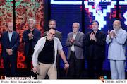 ایستاده در غبار در جشنواره فیلم مقاومت