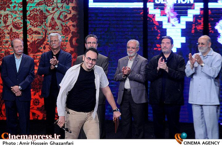 «ابراهیم حاتمیکیا» بهترین کارگردان و «ایستاده در غبار» بهترین فیلم جشنواره «مقاومت» شد/ «یتیم خانه ایران» جایزه ویژه گرفت