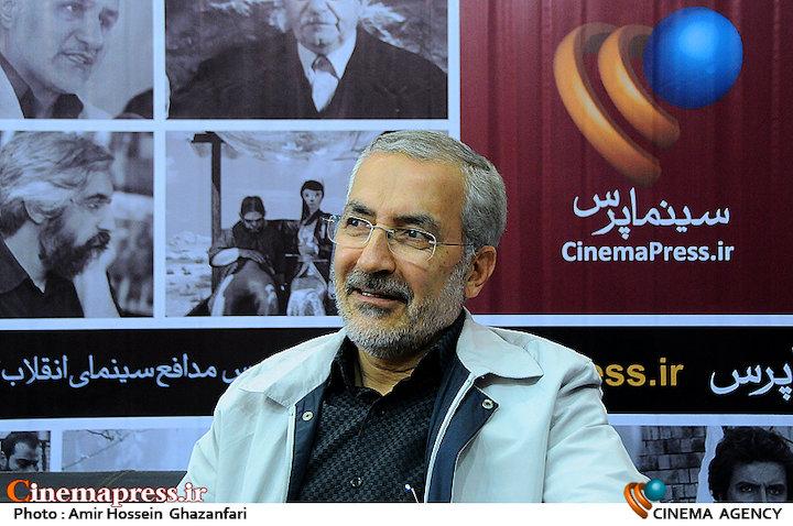 محمد قهرمانی در بیست و دومین نمایشگاه مطبوعات