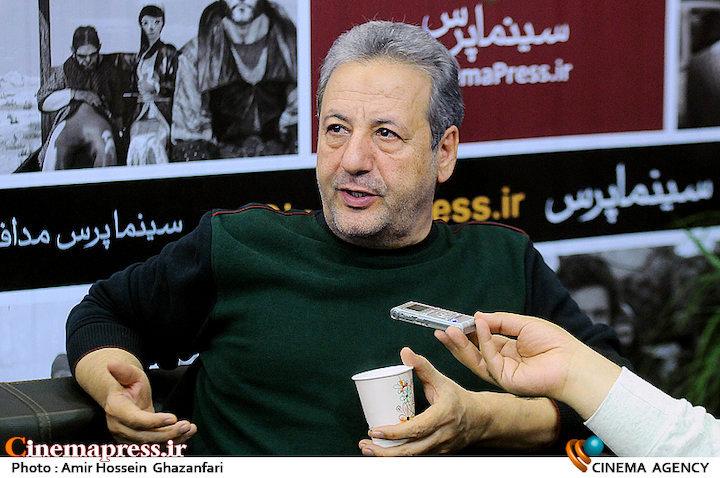 ابوالقاسم طالبی در بیست و دومین نمایشگاه مطبوعات