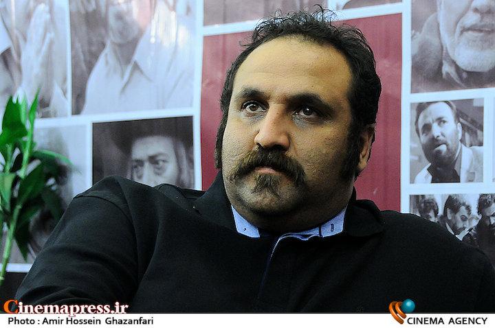 امیرحسین شفیعی در بیست و دومین نمایشگاه مطبوعات